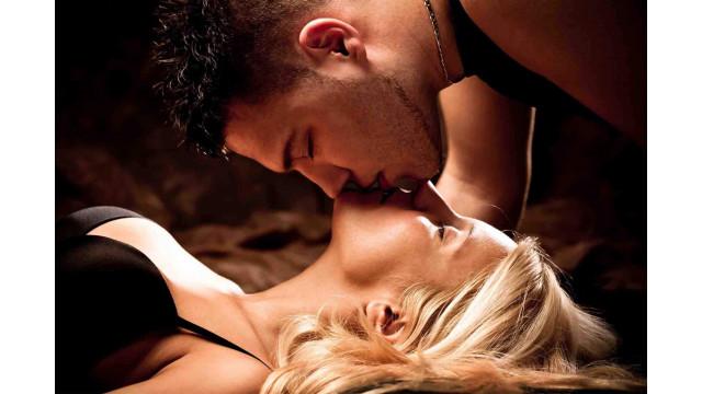 krasiviy-seks-s-dvumya-krasivimi-blondinkami